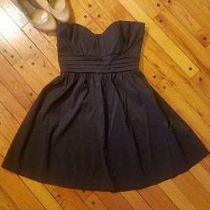 Dresses & Skirts - Strapless black cocktail dress